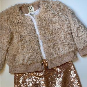 Anthropologie Cropped Blush Faux Fur Bomber